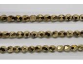 60 perles verre facettes dore 4mm