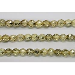 30 perles verre facettes jaune demi metalise 6mm