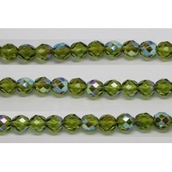 30 perles verre facettes olivine A/B 6mm