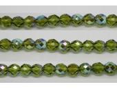30 perles verre facettes olivine A/B 8mm