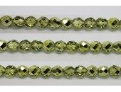 30 perles verre facettes olivine demi metalise 6mm