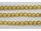 30 perles verre facettes topaze clair 8mm