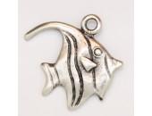25 poissons metal argenté antique 24x19x2mm