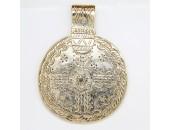 3 pendentifs Disques metal doré antique 72x54x3mm