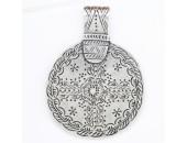 3 pendentifs Disques metal argenté antique 72x54x3mm